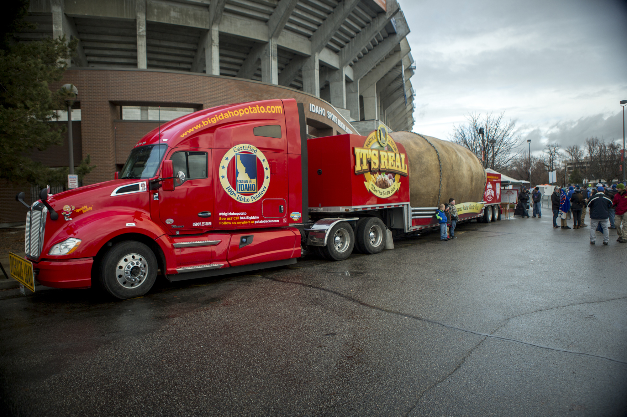 United_Heritage-Potato_Bowl-Potato_Truck